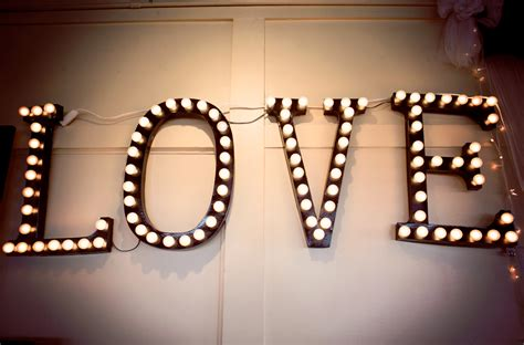 diy wedding decor marquee lights brittanymakes