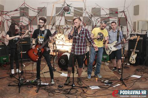 lepa mara grupa ogenj snimila spot za pjesmu lepa mara epodravina hr