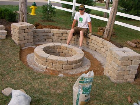easy backyard pit fireplace design ideas