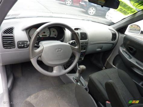 Hyundai Accent 2000 Interior by Gray Interior 2003 Hyundai Accent Gt Coupe Photo 50874658