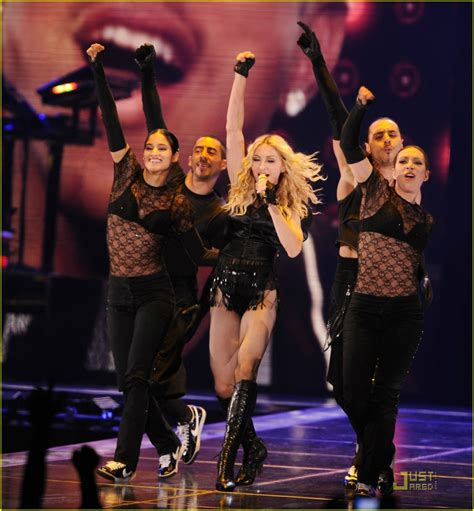 Madona Big Size madonna brings out the big guns photo 1416041 madonna