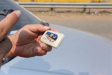 Alat E Toll Pass alat e toll pass mahal pengguna tol pilih antre di gerbang tunai