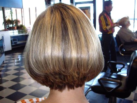 black bob stack hairstyle wedge haircut with stacked back short hair styles