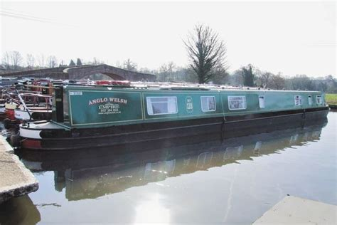 canal boat hire great haywood boating breaks in heart of england canals great haywood