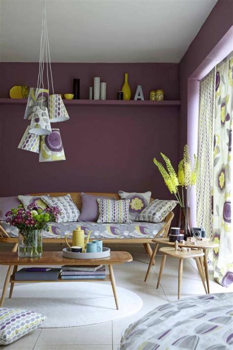 Incroyable Chambre Violet Et Blanc #5: 0-salon-moderne-chic-comment-associer-prune-couleur-nuancier-violet-pour-le-salon-idee-deco.jpg