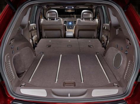 Jeep Grand Trunk Space Jeep Cargo Space 2017 Ototrends Net