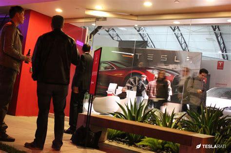 Tesla Dealership Franchise Infographic Tesla Stores Vs Franchise Auto Dealerships