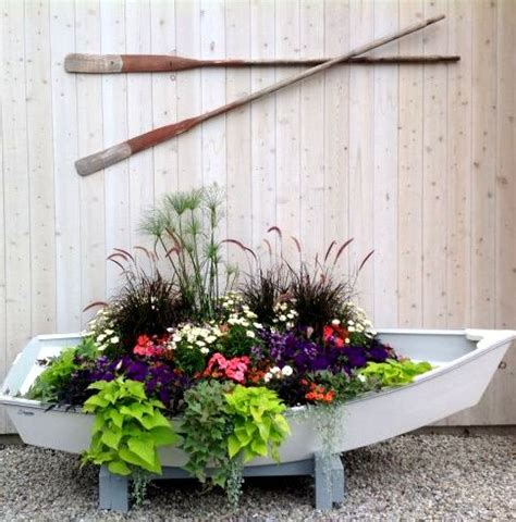 Theme Garden Ideas 25 Best Ideas About Theme Garden On Signs Rustic Decor And