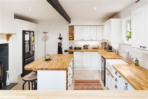 Solid Wood Farmhouse Stl Kitchen by Style Ideas For Solid Oak Kitchens Solid Wood Kitchen