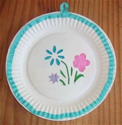 Craft Ideas Using Paper Plates - uses for paper plates thriftyfun