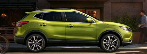 green nissan rogue what are the 2017 nissan rogue sport exterior paint color