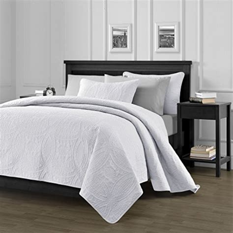 Country White Oversized Bedspread Coverlet by Chezmoi Collection 3 118 By 106 Quot Oversized