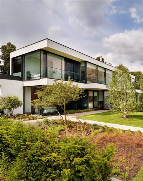 modern house in country modern berkshire country home in england by gregory