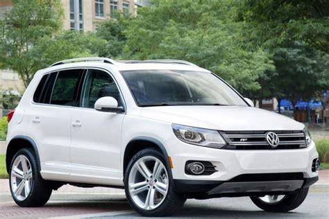 Top 7 Non Luxury Compact Crossovers Autotrader Best Small Cross