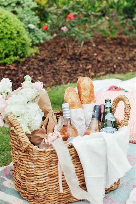 picnic basket ideas luxury picnic essentials the everyday luxury