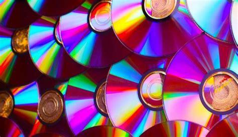 Standar Tengah Vespa Biasa ternyata cd bajakan bikin cepat rusak audio mobil viva
