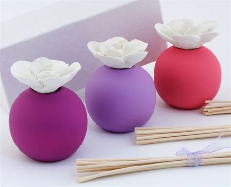 fiore a palla viola kharma living profumatore sfera viola bomboniere