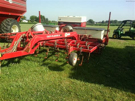 Ih 900 Planter by Machinefinder Machinefinder News Faq Help Financing