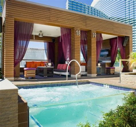 bungalow cosmopolitan las vegas 17 best images about marquee dayclub at the cosmopolitan