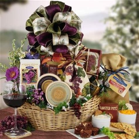 wine flavored cheese and crackers holiday theme gourmet