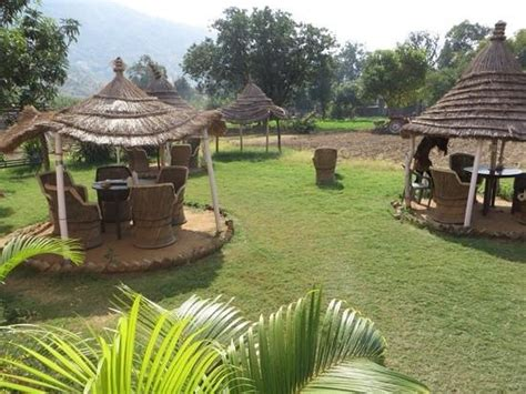 Outdoor Sitting | outdoor sitting area picture of hotel new park pushkar