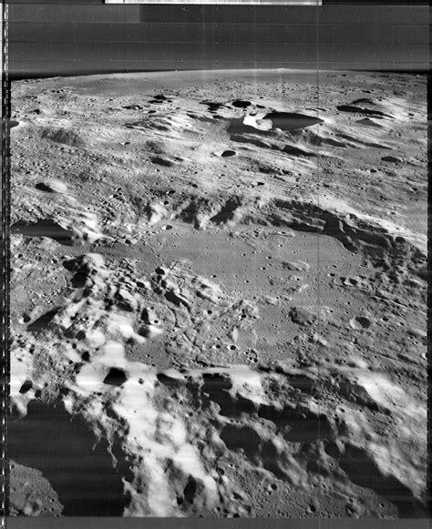 Black Book Der Tr Auml nasa floor of murchison crater