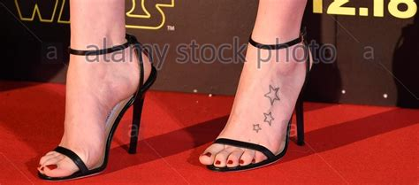 daisy ridley celebrity foot and shoes