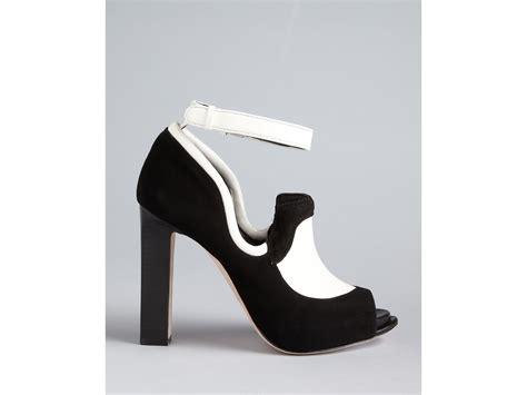 high heel oxfords pumps roy oxford pumps fabiola high heel in black lyst