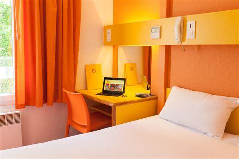 chambre marrakech pas cher indogate chambre orange et bleu