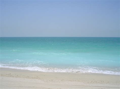 sand beaches dubai beaches photos breath taking and spectacular