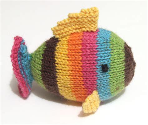 Quick knit softie toys   Leikitty