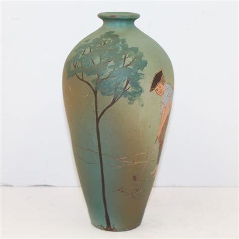 Weller Vase Prices by Lot Detail Weller Dickensware Vase Golfer R