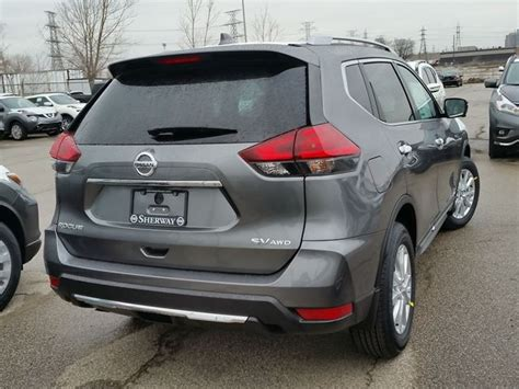 grey nissan rogue 2017 2017 nissan rogue sv grey for 35393 in toronto