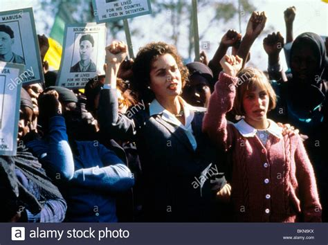 world appart a world apart 1987 barbara hershey jodhi may wapt 003