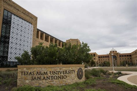 Tamu San Antonio Time Mba Cost by Lawmakers Colleges Argue Rising Costs Of A