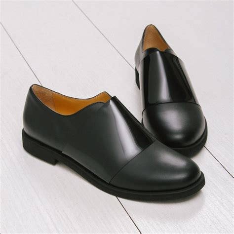 minimalist shoes for walking best 25 minimalist shoes ideas on minimalist