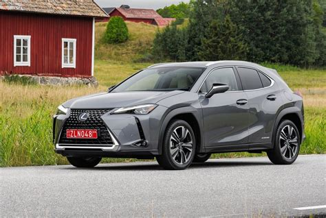 2019 lexus hatchback 2019 lexus ux officially launches in 200 250h form