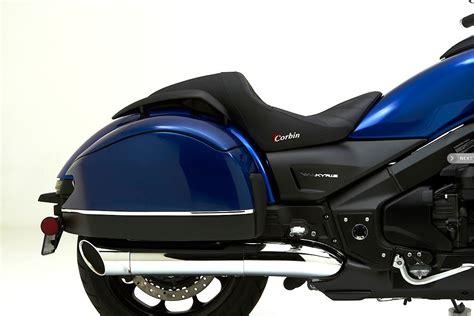 2014 honda valkyrie accessories honda valkyrie corbin seats and fleetliner saddlebags