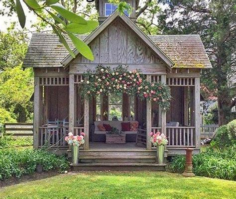 Decor For Small Homes She Needs A She Shed With Fixer Upper Farmhouse Flair