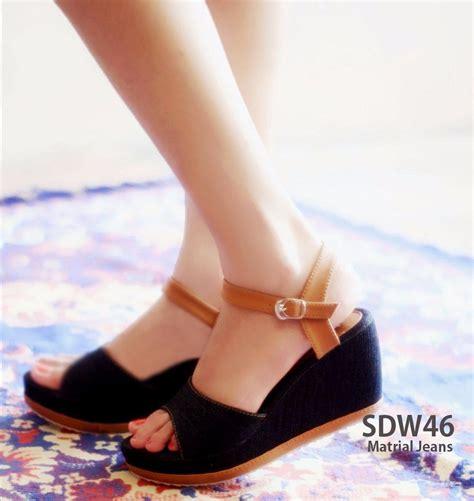 Sepatu Addas 1825 sepatu wanita wedges sdw73 griya sepatu griya sepatu