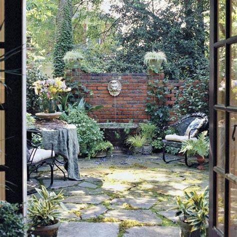 courtyard backyard ideas secret courtyard garden pinterest
