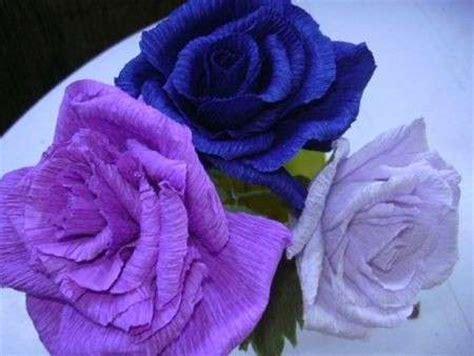 creare fiori con la carta crespa come fare i fiori di carta la tecnica di base foto