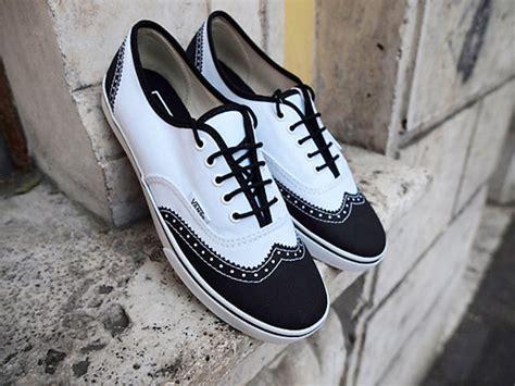 vans oxford shoes vans era lo pro wingtip oxford sneakers on the hunt