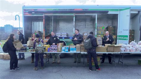 Ithaca Food Pantry by Students Get Food From Mobile Food Pantry Visiting College