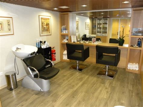 small salon perfect want want want just for me