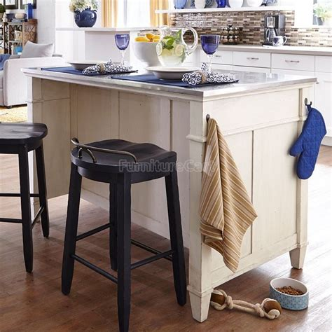 trisha yearwood country kitchen 17 best images about kitchen island on cherry
