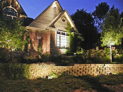 exterior house accent lighting accent lighting outdoor lighting in chicago il
