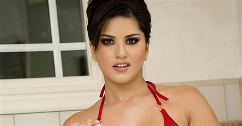 dildo in bathtub hotmirchigirls sunny leone in red bikini in bath room hq photo shoot
