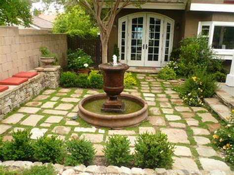 Backyard Courtyard Ideas Gorgeous Front Yard Courtyard Landscaping Ideas 16 Onechitecture