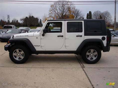white jeep rubicon white 2010 jeep wrangler unlimited rubicon 4x4